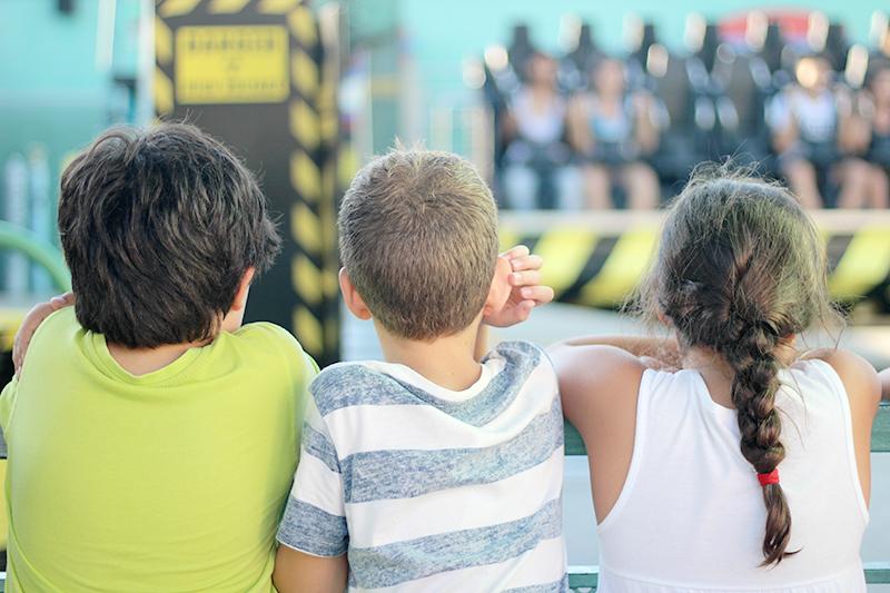 niños - Parque Warner en verano - Once a Day blog